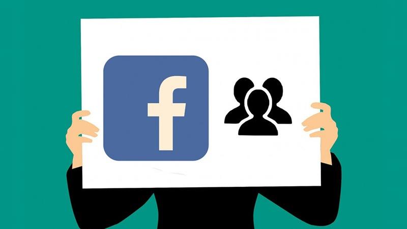Podle průzkumu si téměř tři čtvrtiny amerických uživatelů Facebooku neuvědomují, že síť sleduje jejich zájmy